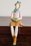 Figurine - Knitting Lady 1
