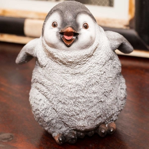 Figurine - Walking Penguin