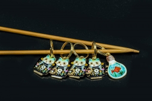 Metal Stitch Markers - Cats in Teacups 4