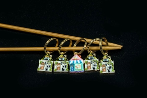 Metal Stitch Markers - Houses 4
