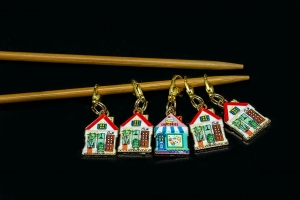Metal Stitch Markers - Houses 3