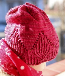 Wild Leaves Hat - digital knitting pattern - PDF